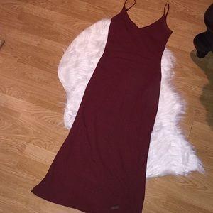 ✨ Betsey Johnson Luxe Maroon Dress